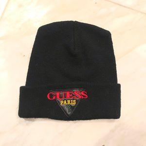 GUESS PARIS black knit beanie hat